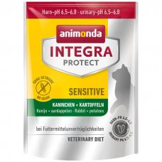 Сухой корм для взрослых кошек ANIMONDA INTEGRA PROTECT CAT SENSITIVE беззерновой с кроликом при пищевой аллергии 31/15,5